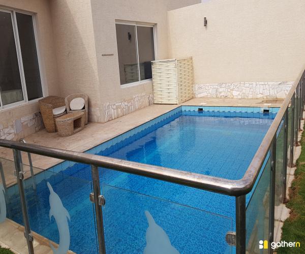 فندقي مسبح