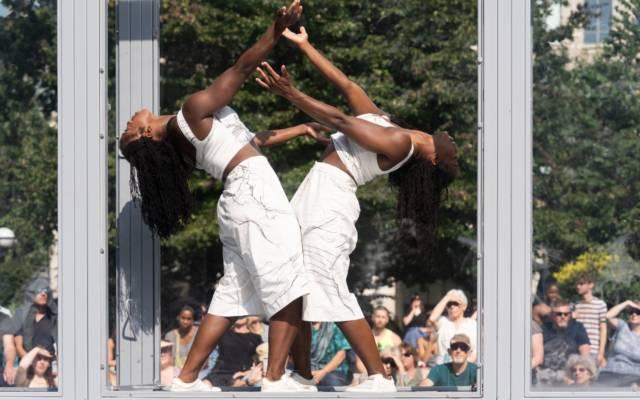 Bonded, Alleyne Dance, Dancing City, GDIF 2021.