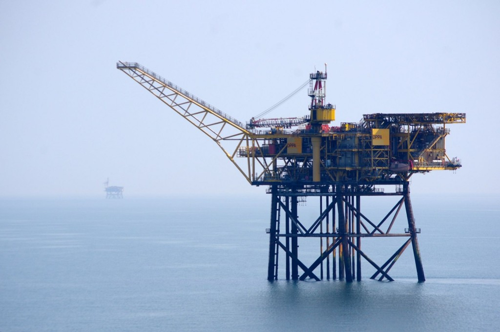 DPPA_Gas_Production_Platform_-_Morecambe_Bay,_off_Lancashire,_UK