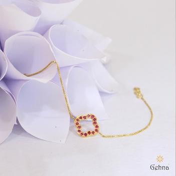 Elegant 18K Yellow Gold and Ruby Bracelet