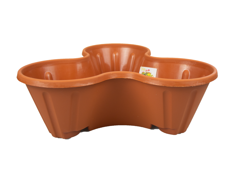Trio Terracotta Planter With PDQ