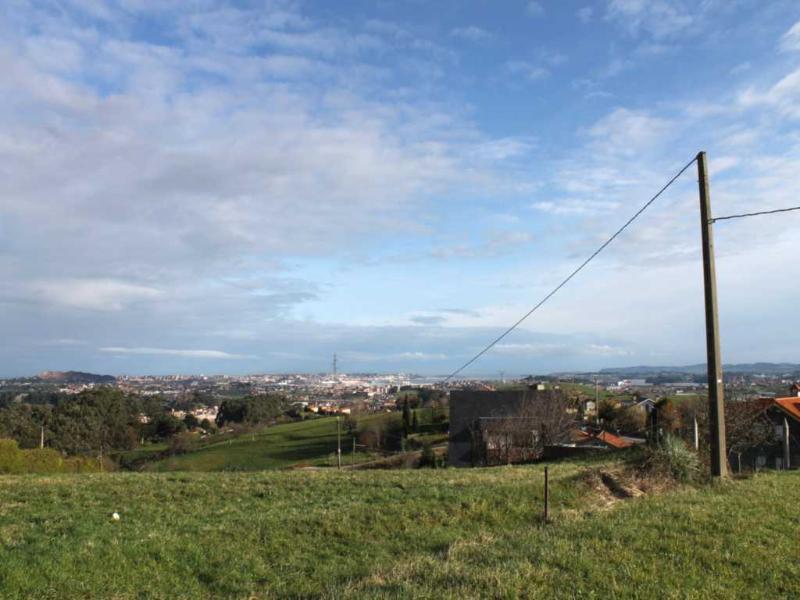 Fincas y solares en Revilla De Camargo