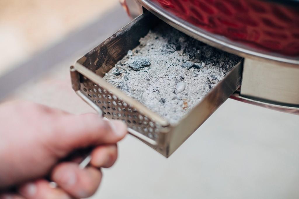 Ash drawer