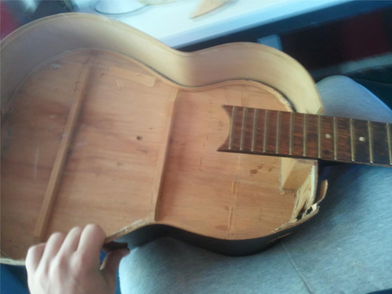zelf gitaar <br> maken