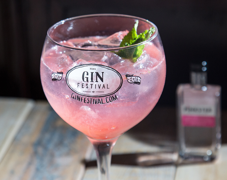 Loving Fizz Gin Cocktail
