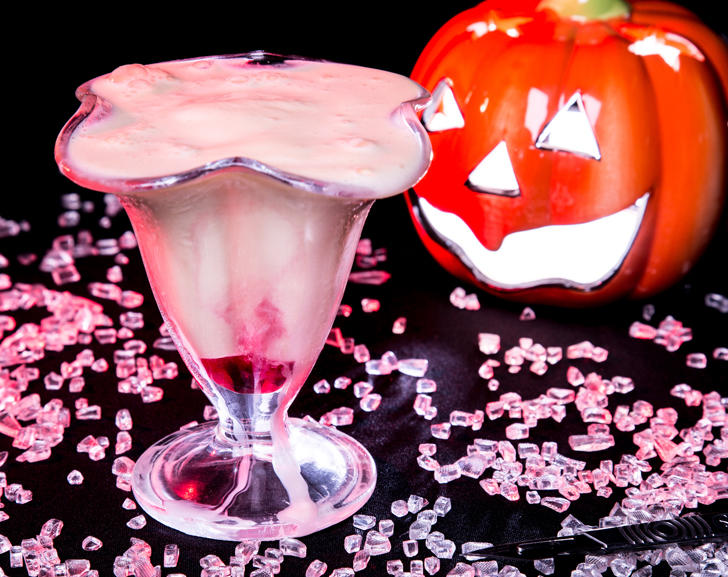 Bloody Sundae Gin Cocktail