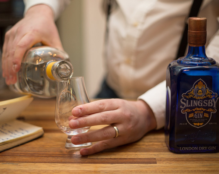 Pour Gin into a Whisky Glass