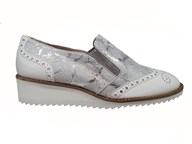 Hb Silver Marble Effect Loafer With A Lightweight Sole