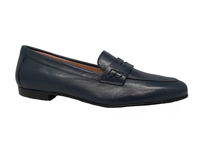 Hb Penny Loafer In Navy Leather