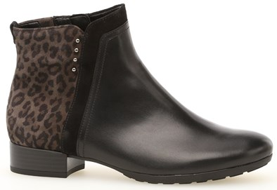 Gabor 'Breck' Leopard Print Ankle Boot