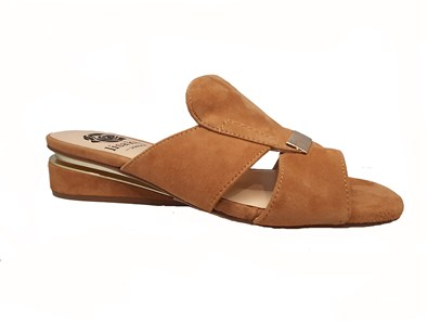 Lisa Kay 'Jamie' Sandal In Tan