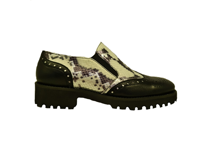 Hb Moccasin On a Chunky Sole, Black Leather