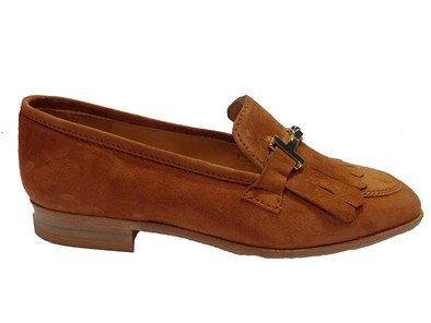 HB Tan Loafer With Gold Chain And Fringe Front