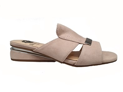 Lisa Kay 'Jamie' Sandal In Blush