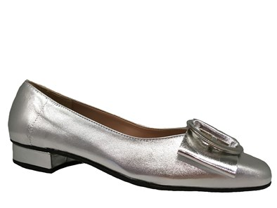 HB 'June' In Metallic Silver Pump