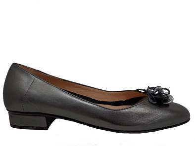 HB Just Leather Pump In Pewter