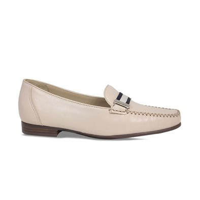 Lisa Kay Sprint Nude & Navy Loafer