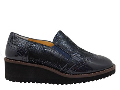 HB Navy Patent & Print Loafer With Lightweight Sole