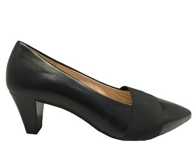 Gabor ' Folky' Black Leather Court Shoe