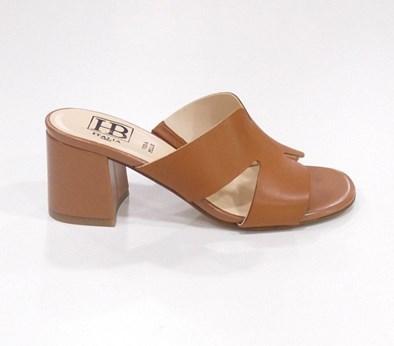 Hb Cognac Block Heel Sandal