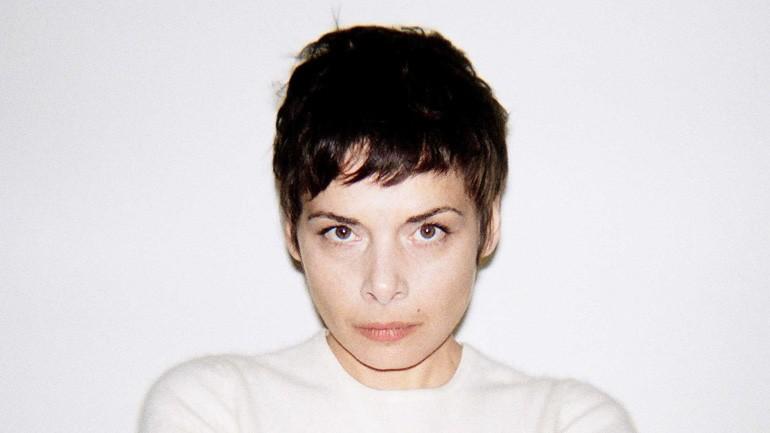 Melanie Di Biasio by Frank Loriou