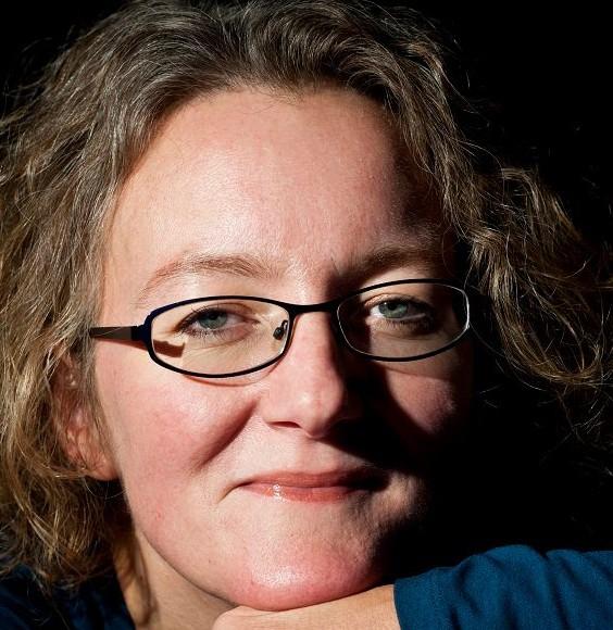 Elizabeth Haynes (Photo Credit: Ryan & Jo Photography/author's Facebook page)
