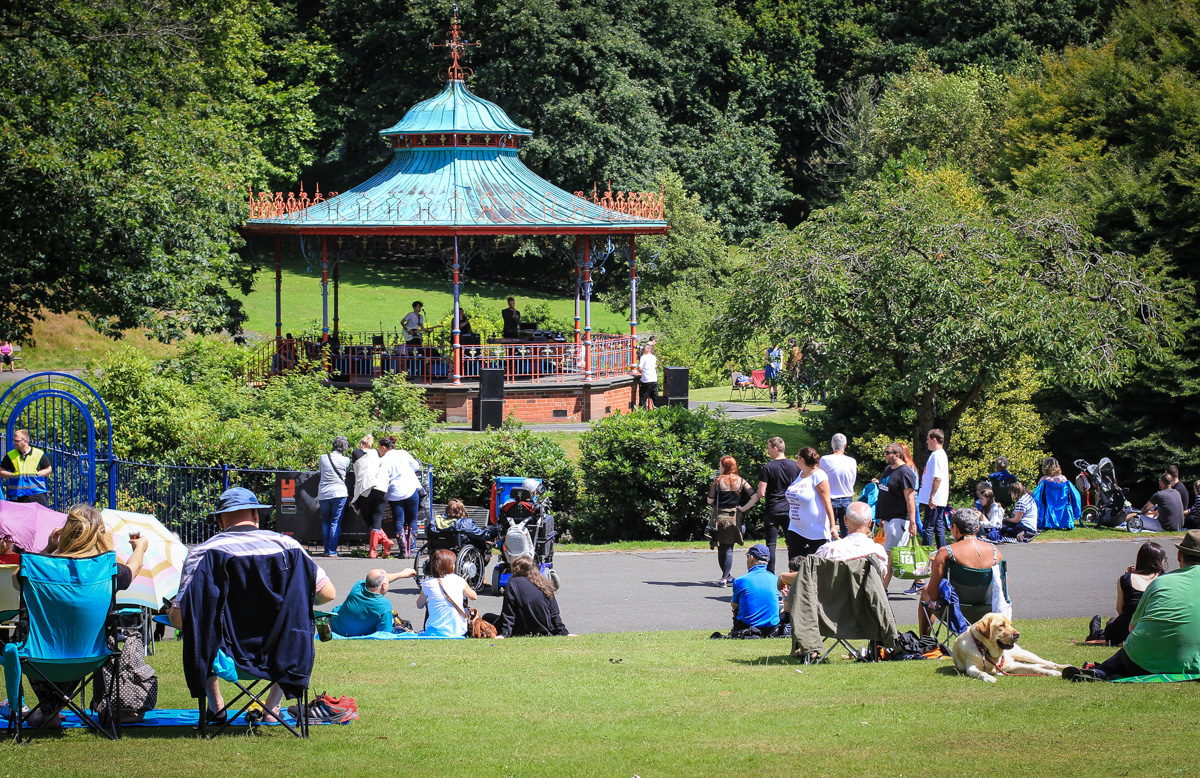 LIMF Bandstand action