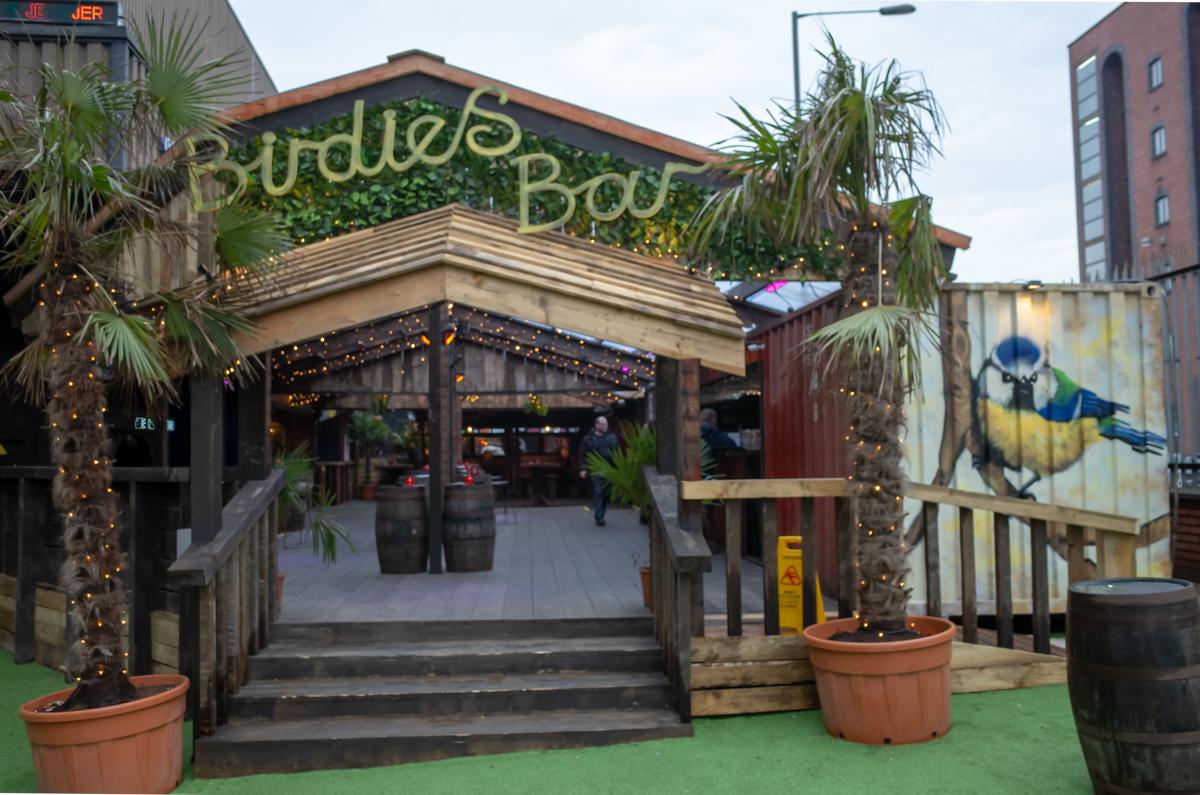Birdies Bar