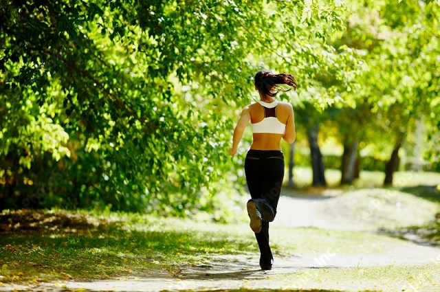 Jog in park to keep fit