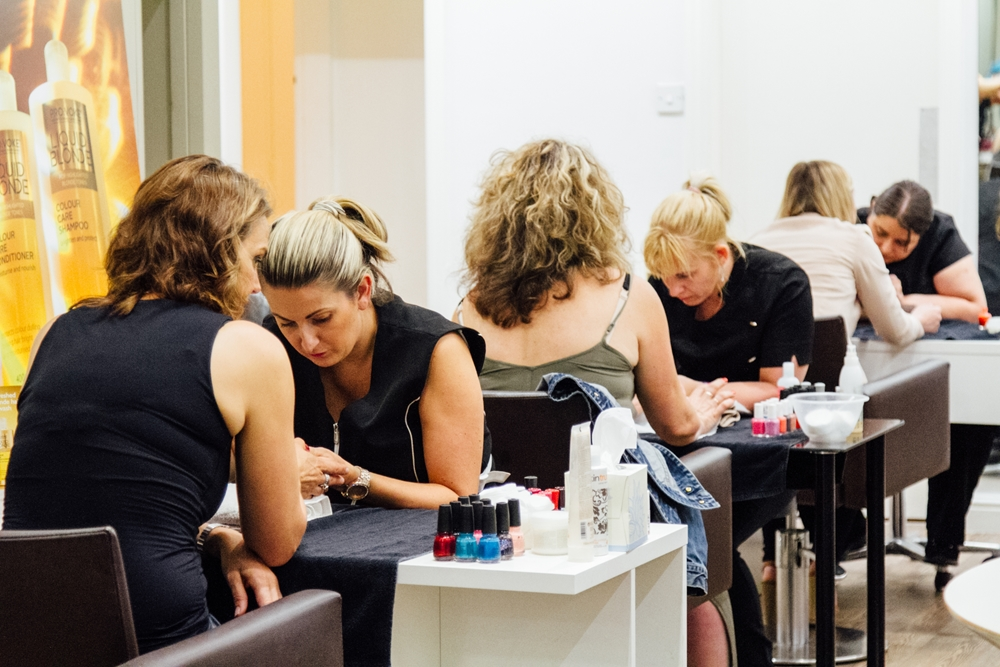 Elle Event Glo Pamper manicures