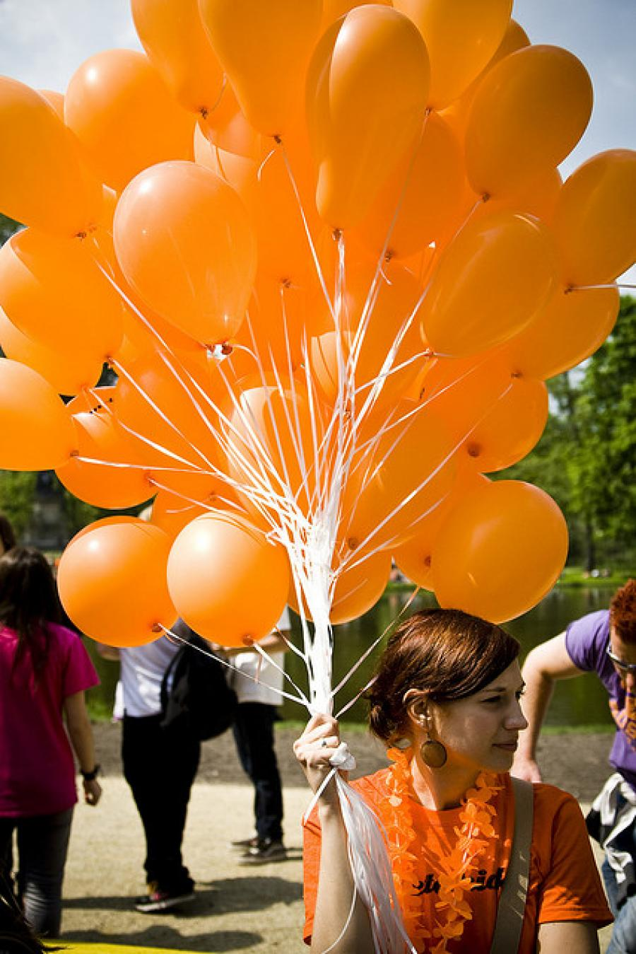 Partying in orange at Koninginnedag 2012