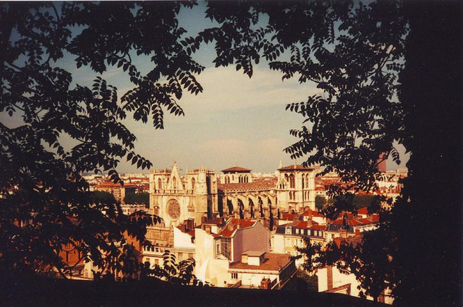 Lyon: Chapter 3