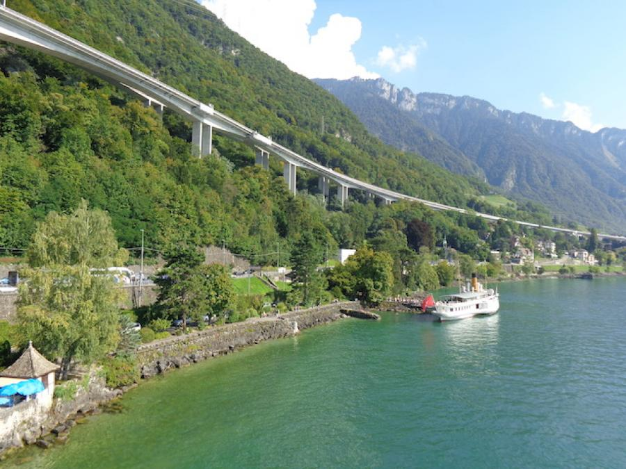 4 reasons to forget France and switch to Switzerland!