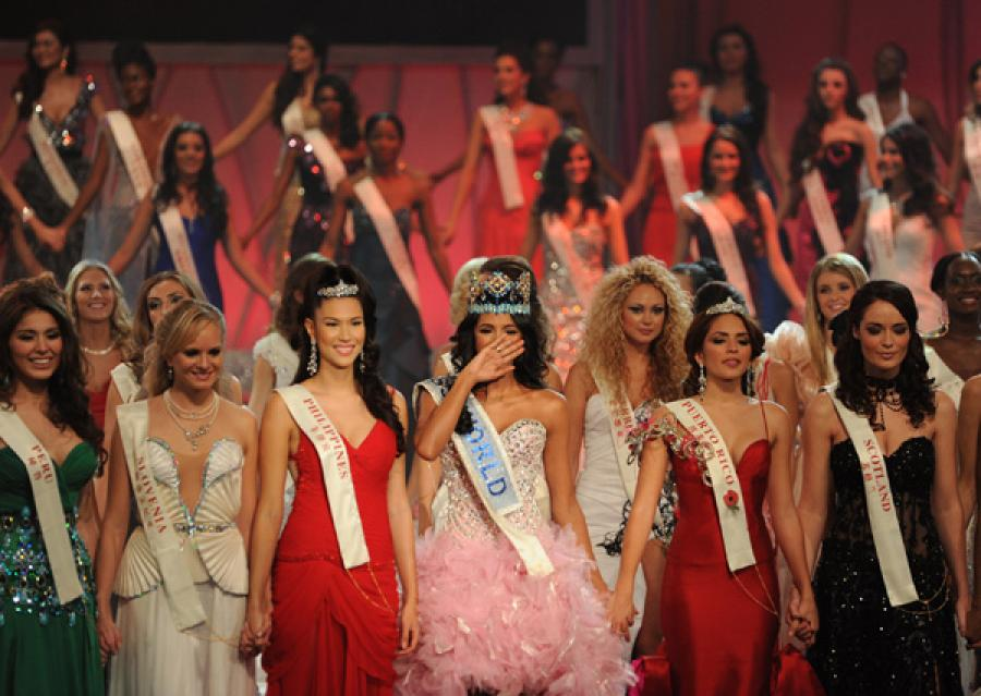 Jodianne studied abroad in Lyon and Granada and now works as an interpreter for Miss World 2011
