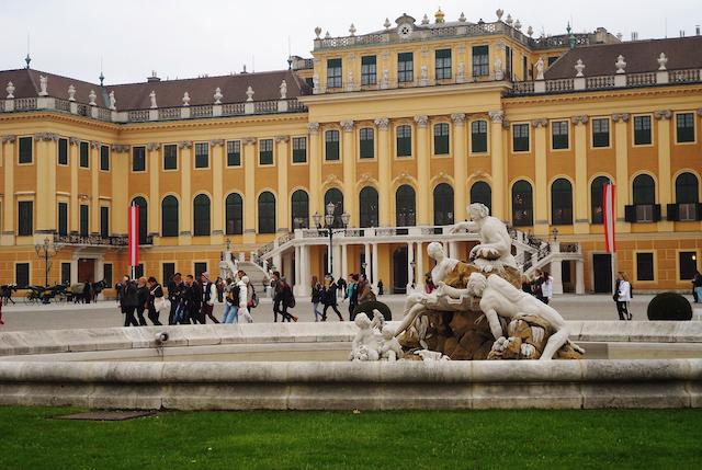 3 Vienna Schloss Schonbrunn