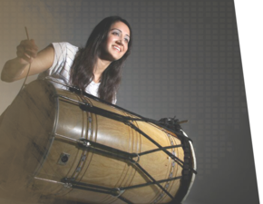 Sheena boll a Punjabi dhol tunes performer in London
