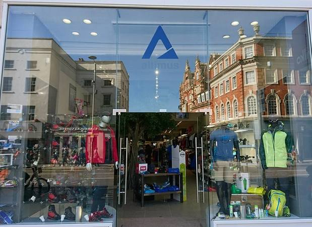 Altimus Retailers Ltd