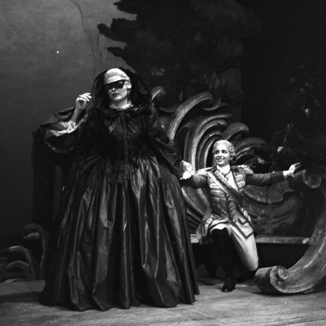 Le nozze di Figaro,1958. Photo: Guy Gravett