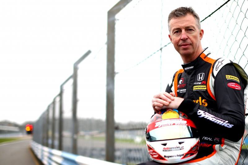 Delphi, The Parts Alliance sponsor 3-time British Touring Car champion Matt Neal