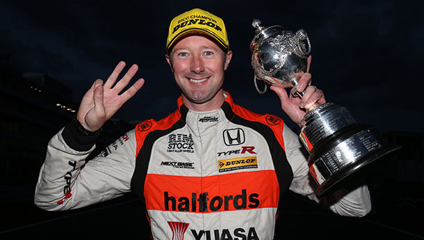 SHEDDEN QUICK AS A 'FLASH' TO CLINCH THIRD BTCC CROWN