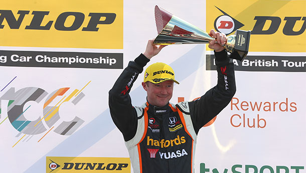 SHEDDEN PICKS UP FROM WHERE HE LEFT OFF WITH BRANDS HATCH BRILLIANCE
