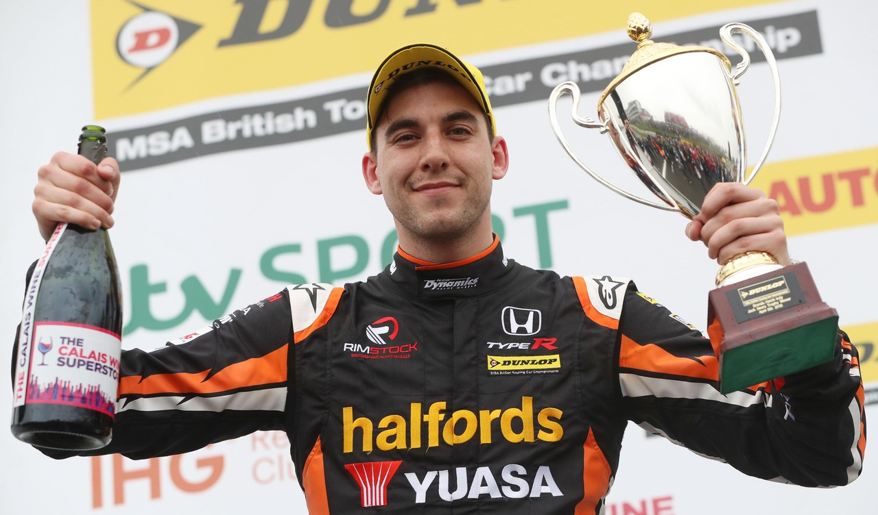 Cammish clinches Jack Sears Trophy honours on BTCC debut