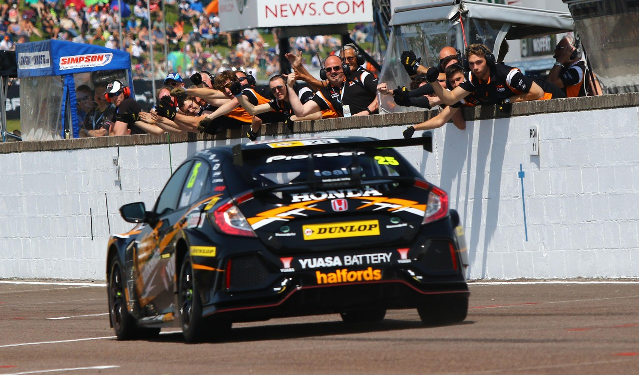 Honda back on top as Neal clinches first win for new Honda Civic Type R