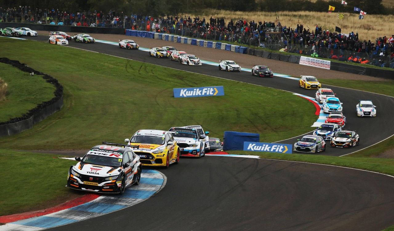 Honda BTCC driver Cammish closes on points lead with podiums in Scotland