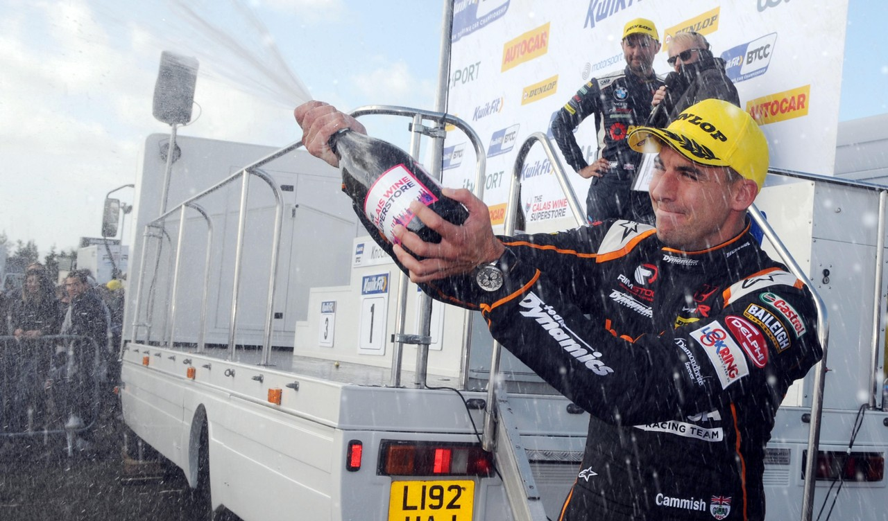 Honda driver Cammish takes BTCC title charge to Silverstone