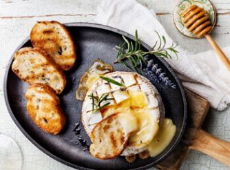 Baked Camembert with Thyme & Honey