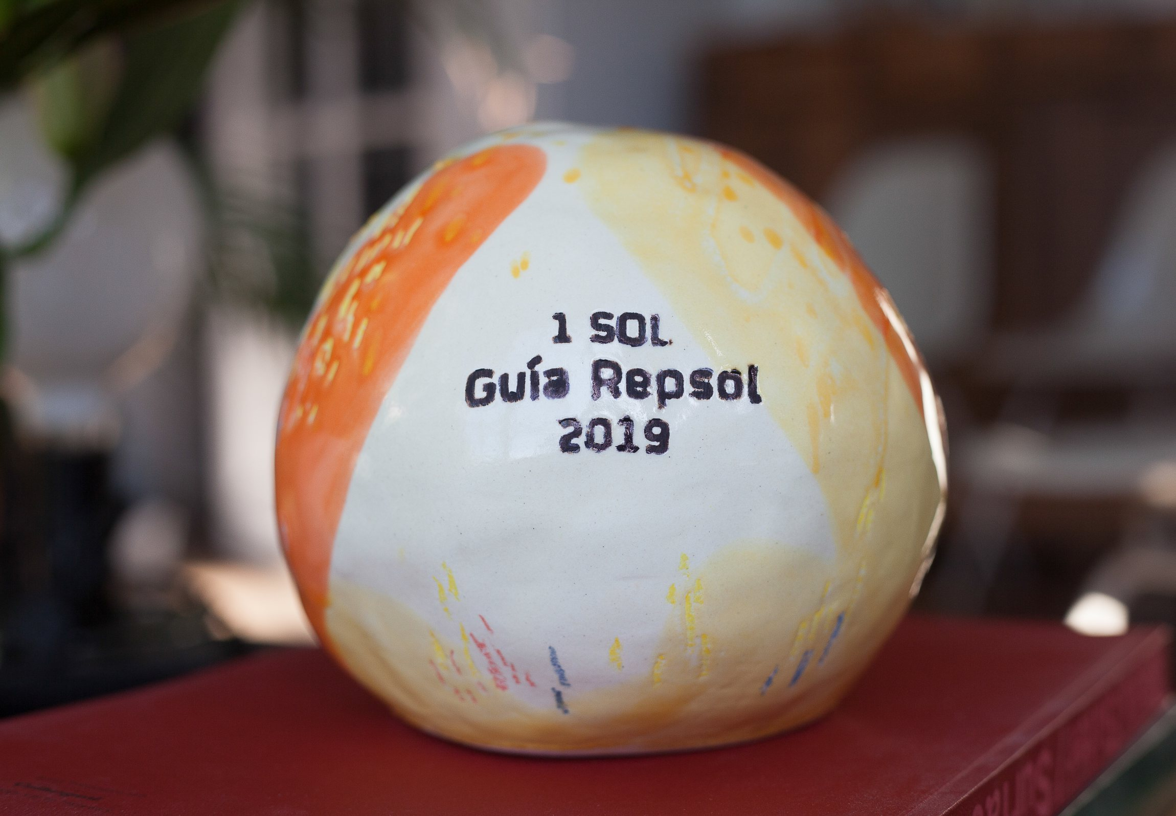 Soles Guía Repsol diseñados por Luis Úrculo.
