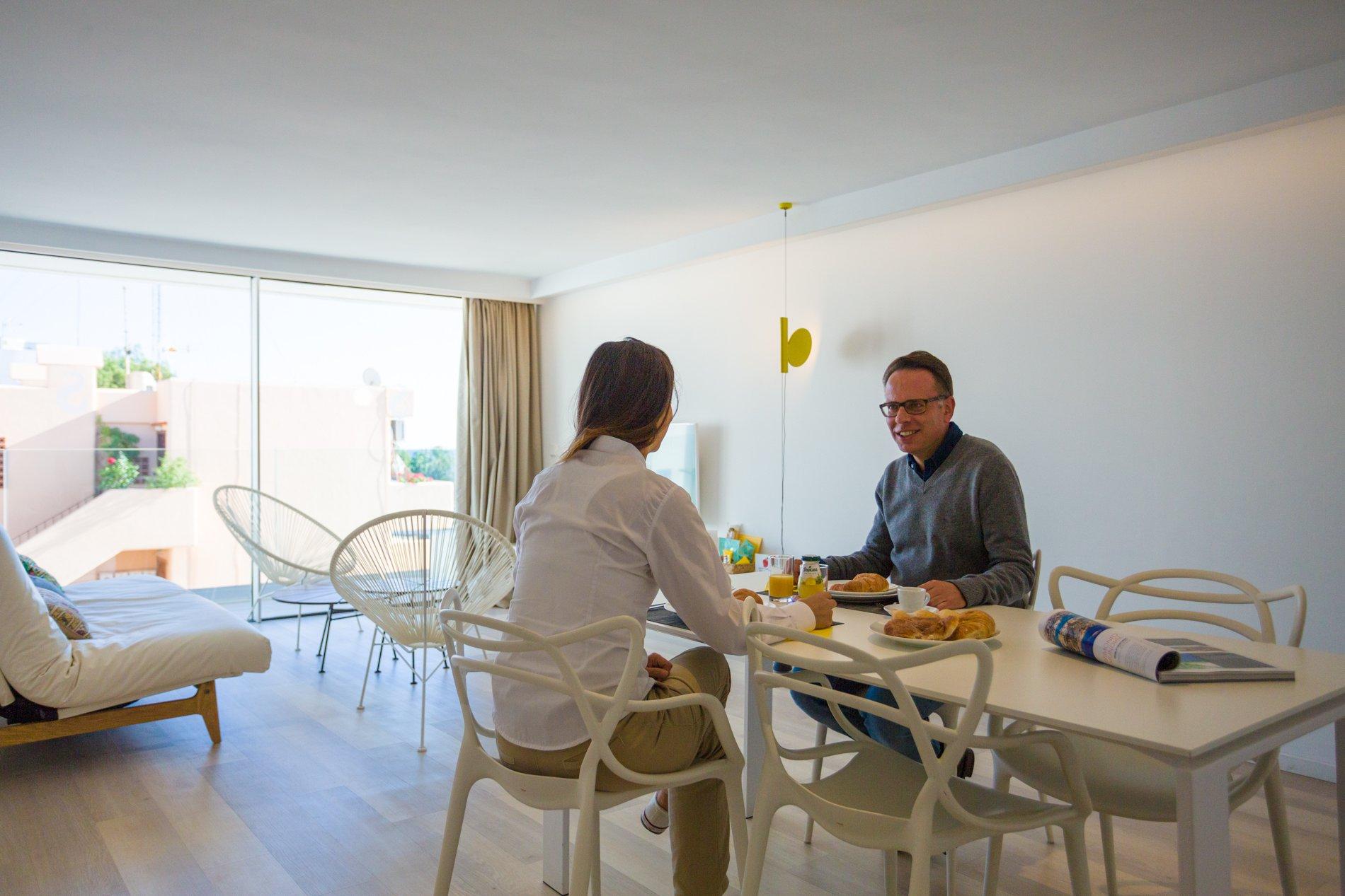 Apartamentos Sud Ibiza Suites - Habitación diáfana