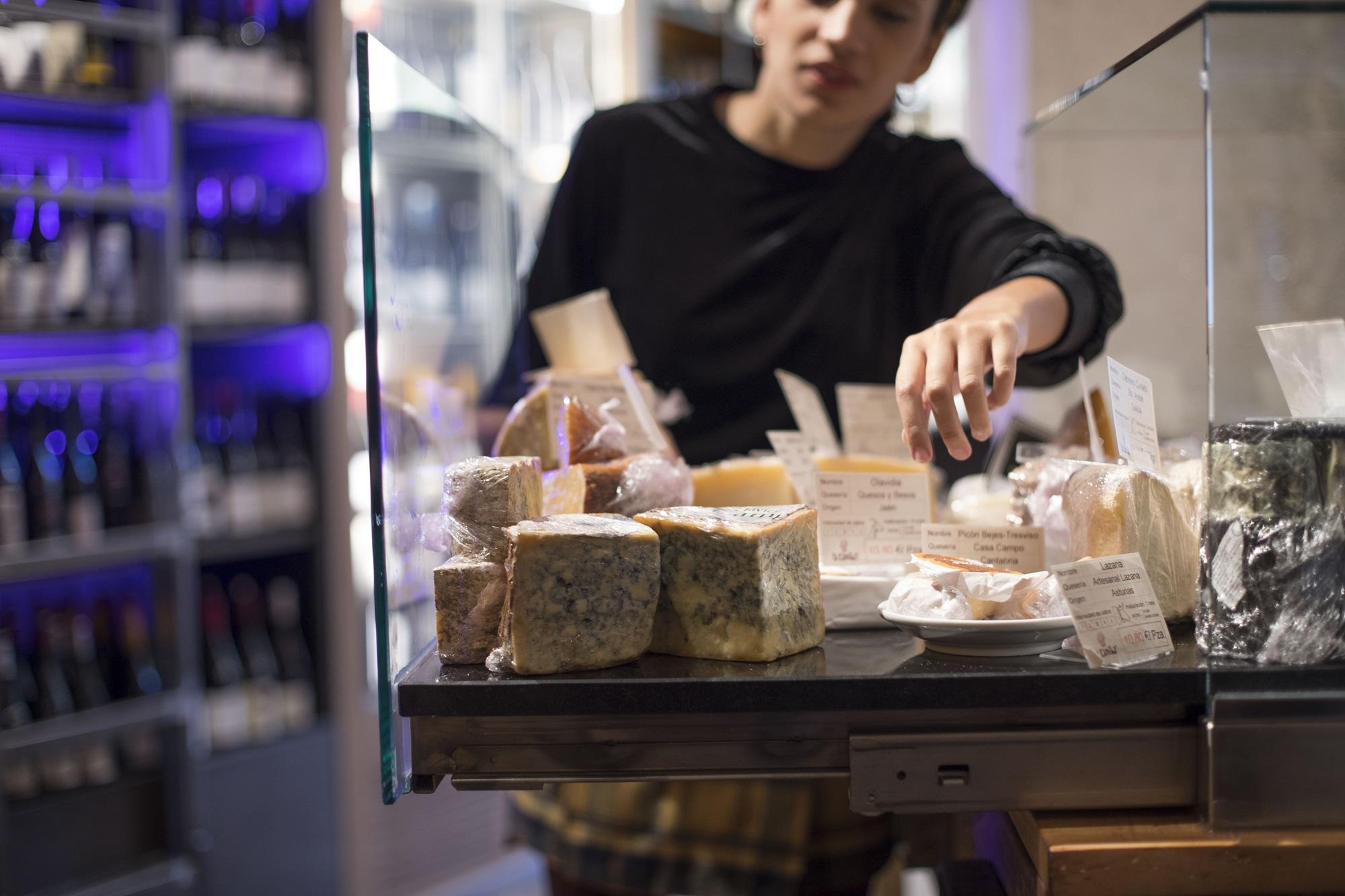 Un total de 25 quesos irán rotando en las tablas de 'La Caníbal'. Foto: Abel Valdenebro.