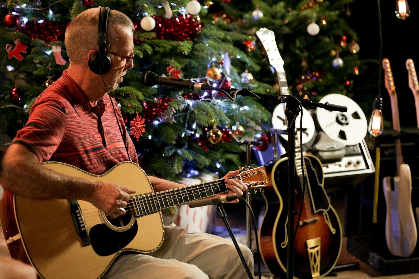 Eric Clapton ha grabado este mismo año un disco exclusivamente para estas fechas. Foto: Facebook Eric Clapton.